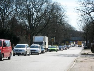 Stau auf der Kieler Straße