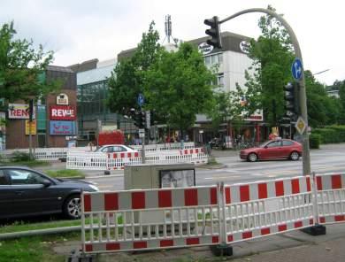 Eidelstedter Platz, gesperrte Überwege