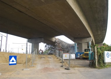 Die erste Lücke in der Langenfelder Brücke