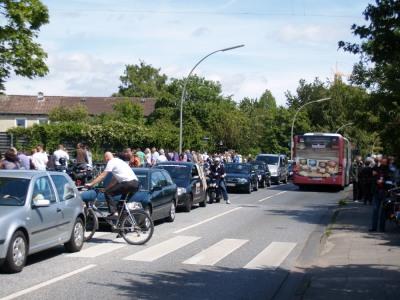 Motorradgottesdienst, Schaulustige auf Wördemanns Weg